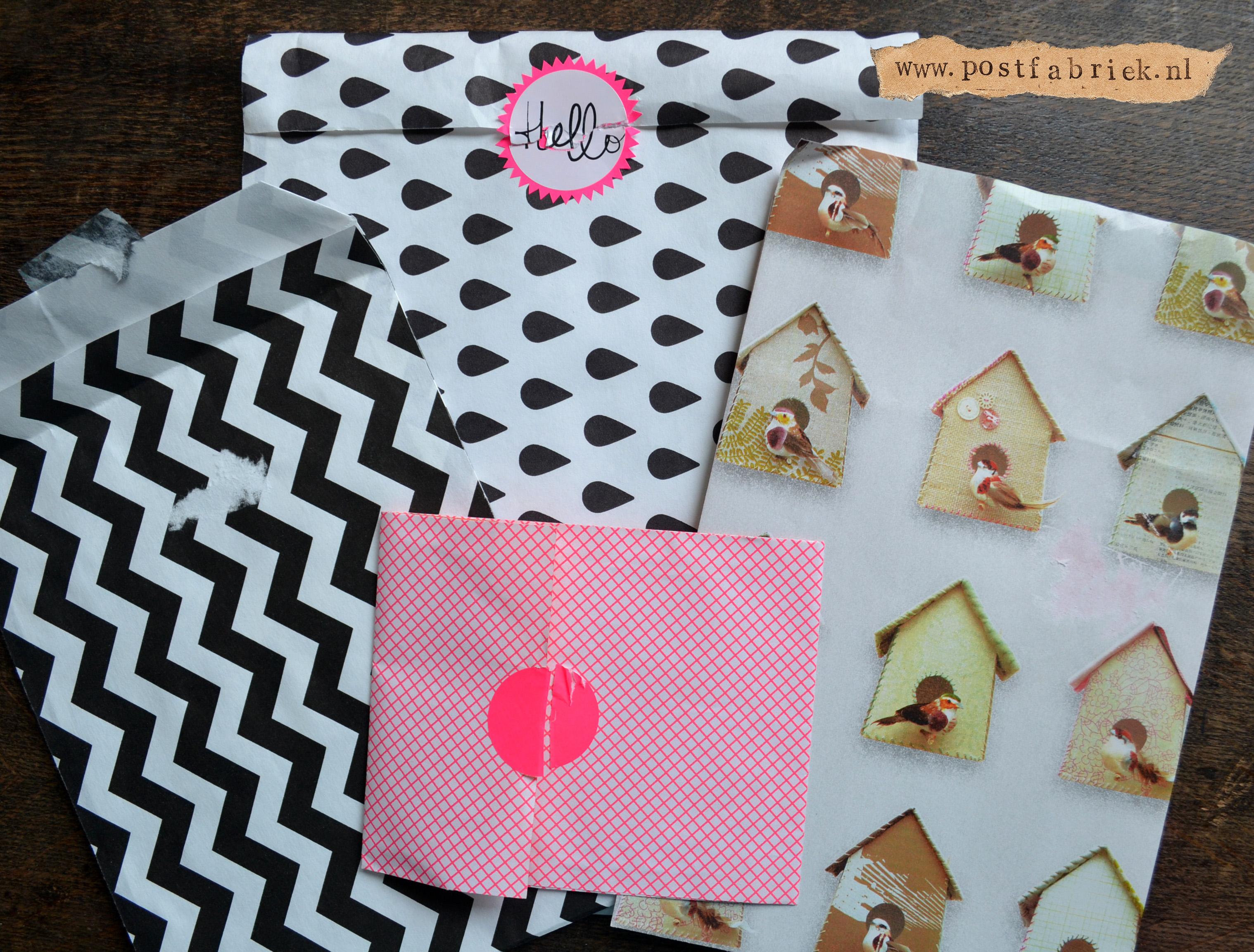 Dol op papieren zakjes postfabriek - Tuinuitleg met kiezelstenen ...