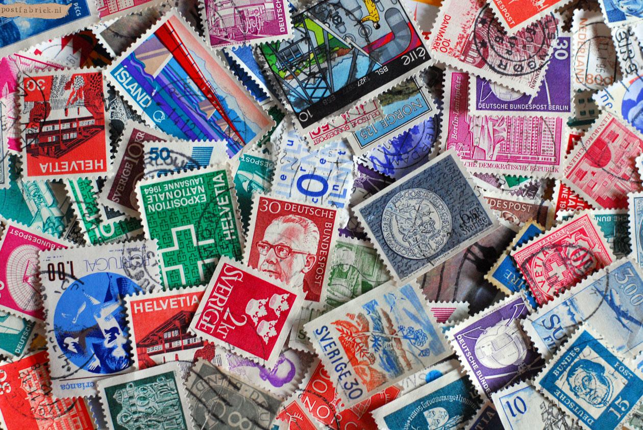 Postzegelspostzegels