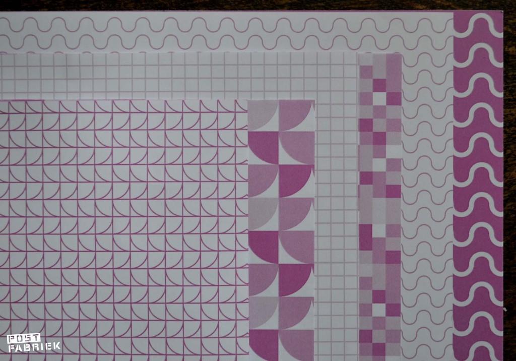 De vellen papier zijn dubbel bedrukt! Aan de binnenkant vind je de lichtere versie van de print