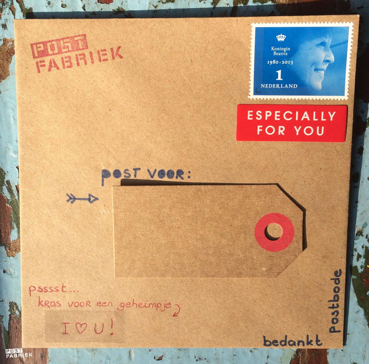 Enveloppe met lief berichtje verstopt