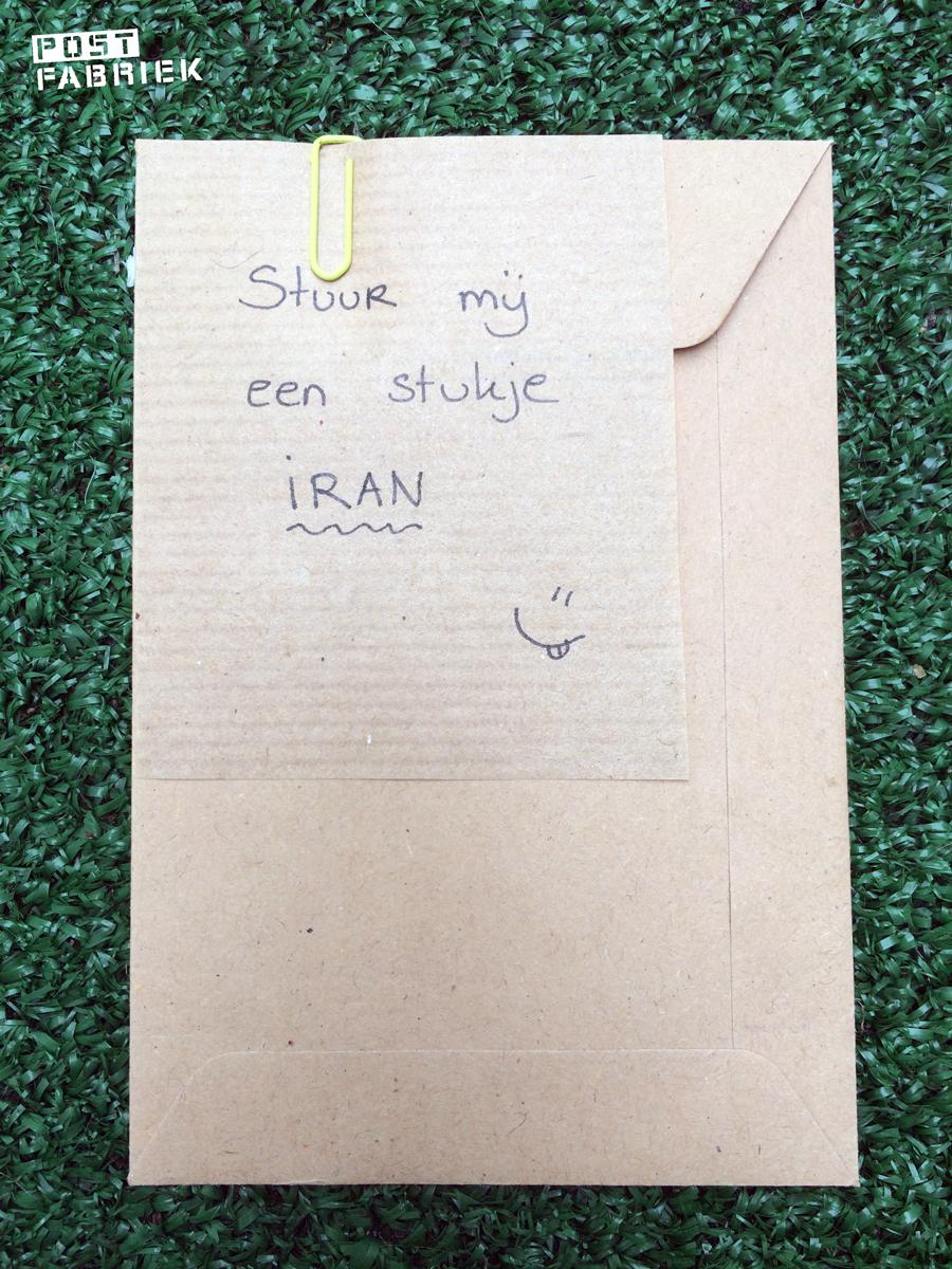 Een envelopje met mijn adres erop