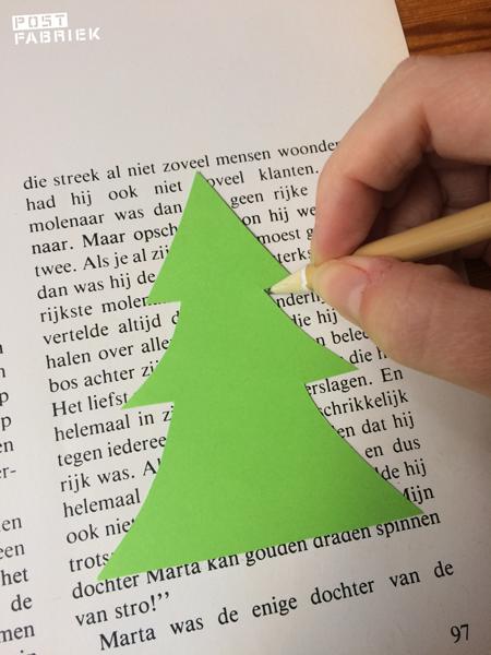 Maak een mal in kerstboomvorm