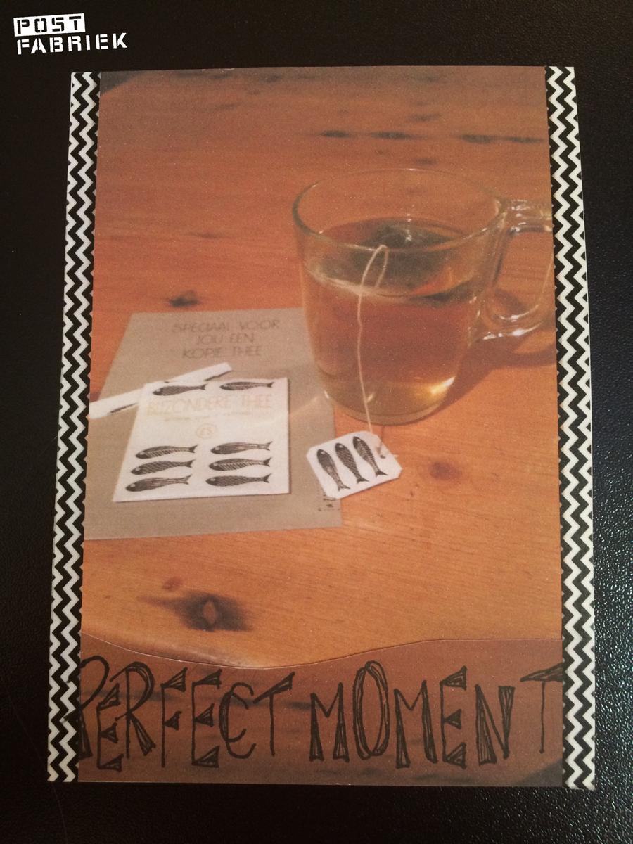 Mijn moeder maakte van de foto van het thee-momentje een kaartje en stuurde me dat op per post met een beschrijving van haar moment met Zusss