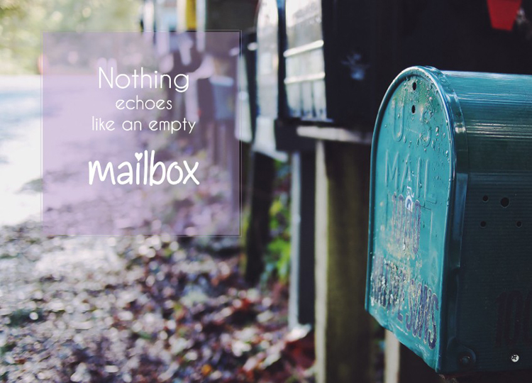 Kaart Nothing echoes like an empty mailbox via happy-postcrossing.nl