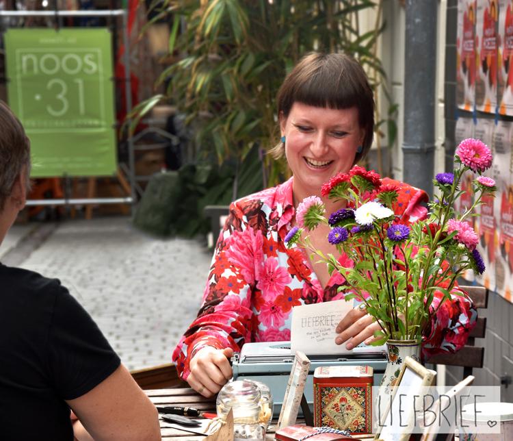 Linda Blij van Liefbrief wil met haar lieve briefjes de wereld een beetje mooier maken. En dat doet ze!