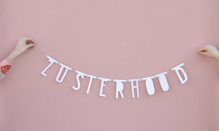 Zusterhood, een kunstproject per post! Foto van Zusterhood