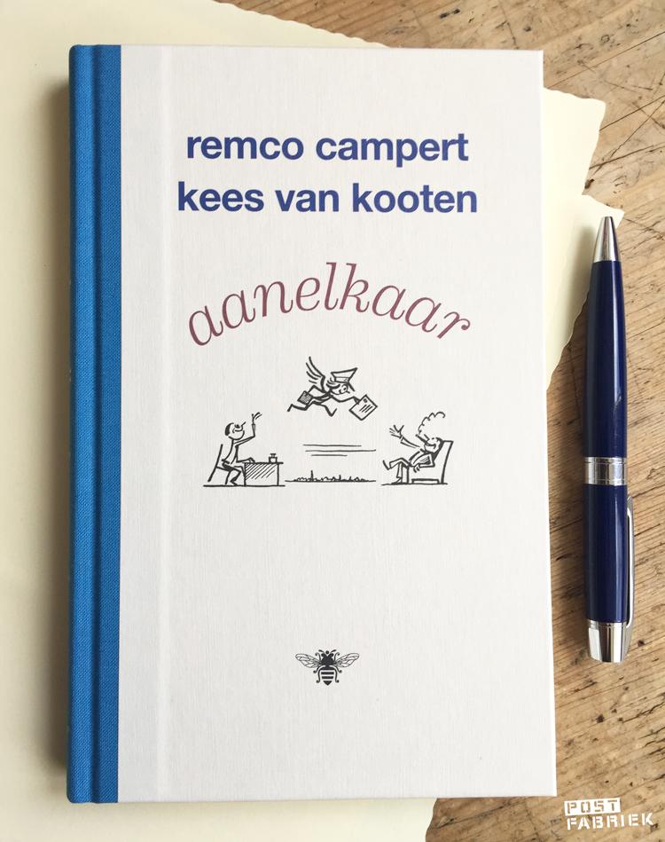 Aanelkaar, een briefwisseling tussen Remco Campert en Kees van Kooten gebundeld in een boek