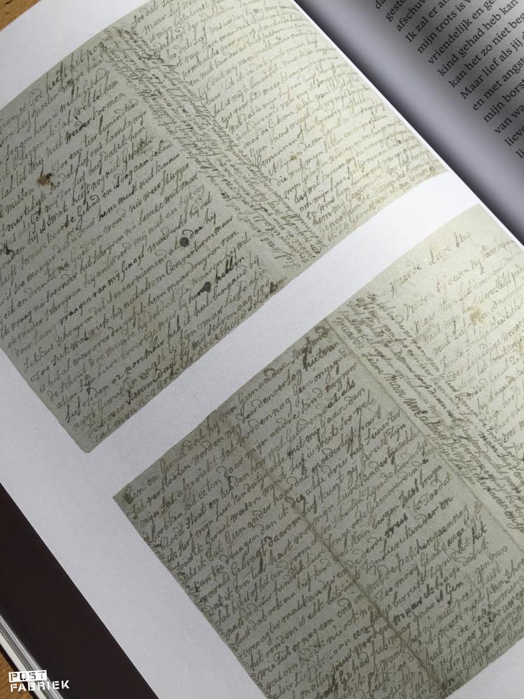 Een van de brieven uit 'P.S.' van Jet Steinz: een brief met echte tranen van Aagje Luijtsen