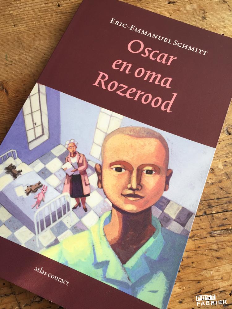 Oscar en oma Rozerood, een boek van Eric-Emmanuel Schmitt.