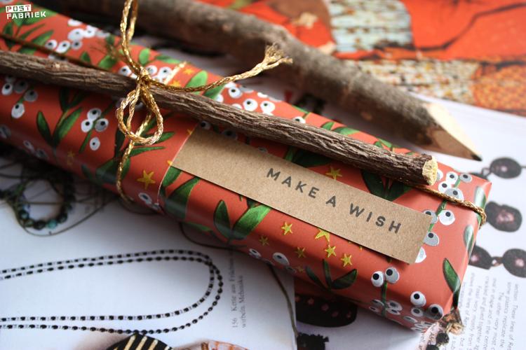 In een pakje met een voorvakje kan je een persoonlijke boodschap schuiven. In het pakje op de foto is de boodschap klein maar fijn.