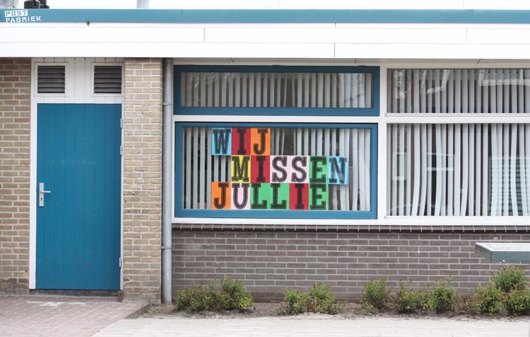 Een bericht voor de leerlingen van SBO De Batavier in Hengelo: 'Wij missen jullie.'