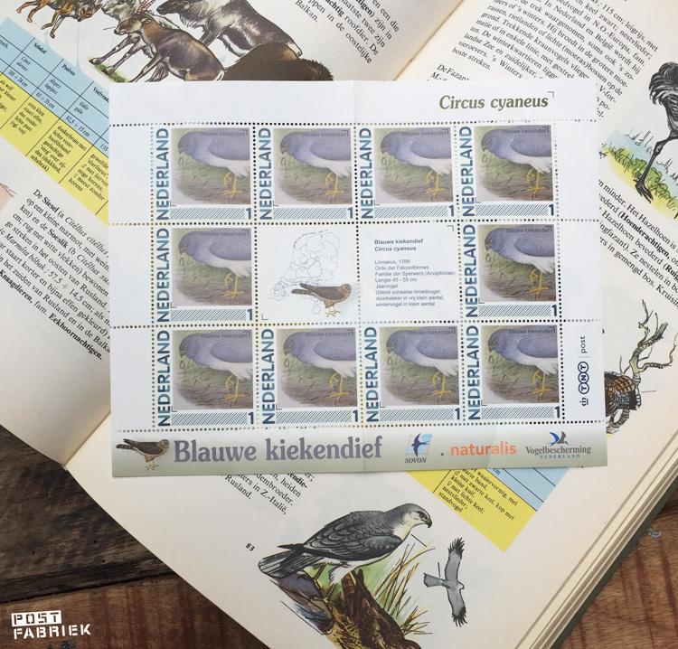 Prachtige postzegels met een illustratie van een Blauwe Kiekendief