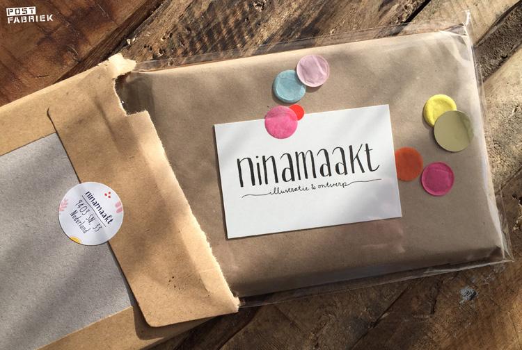 Mijn bestelling van 'Ninamaakt'. Wat maakt ze daar toch altijd een feestje (met confetti!) van.