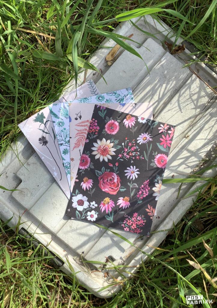 Grote vellen cadeaupapier uit het Flow Paper Book for Nature Lovers.