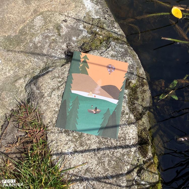 Een kaartje uit het Flow Book for Nature Lovers met illustratie van Yannii Putrii.