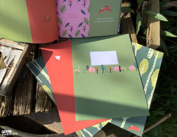 Vouwenveloppen en uitnodigingen met boom patronen van Lotte Dirks